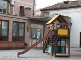 scivolo-scuola-infanzia