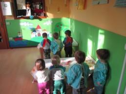 bambini-nido-colori